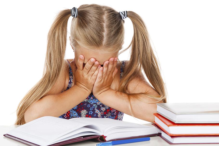 درمان بدون دارو اختلال یادگیری مرکز مشاوره نوروفیدبک و روانشناسی کرانه خرد ۸۸۵۲۲۴۱۰